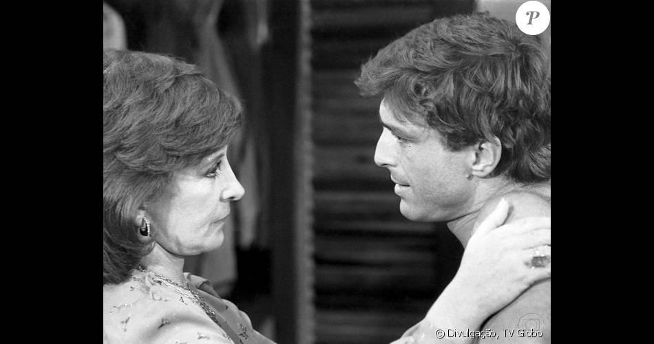 Tereza Rachel esteve no elenco da novela 'Louco Amor' (1983) ao lado de Carlos Alberto