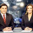 Carlos Nascimento divide a bancada do 'Jornal do SBT' com Karyn Bravo