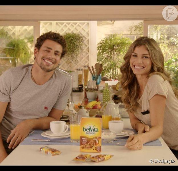 Chega ao fim o casamento de Grazi Massafera e Cauã Reymond, como noticiou o colunista Ancelmo Gois, do jornal O Globo, na tarde desta quinta-feira, 17 de outubro de 2013