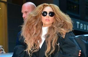 Lady Gaga fica em primeiro lugar no iTunes com