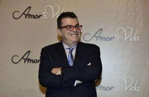 'Amor à Vida': Walcyr Carrasco avisa que uma personagem feminina terá HIV