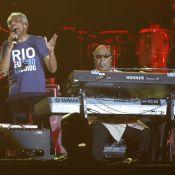 Luana Piovani e famosos prestigiam Gilberto Gil e Stevie Wonder em Copacabana