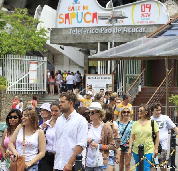 Diane Kruger e Joshua Jackson têm dia de turistas no Rio de Janeiro, em 1º de outubro de 2013