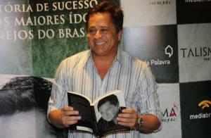 Leonardo lança livro e opina sobre biografias não autorizadas: 'Sou contra'