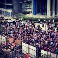 No último sábado, Justin Bieber foi expulso do hotel Fiesa, em Buenos Aires, após fãs tentarem invadir e até destruírem parte das instalações