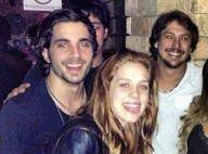 Sem confirmar namoro, Fiuk e Sophia Abrahão posam abraçadinhos em festa