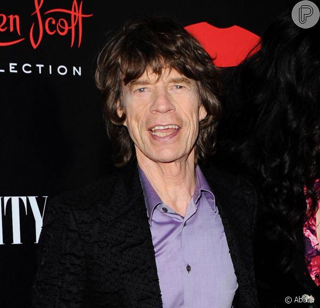 Mick Jagger está contente em ser bisavô, segundo entrevista de sua neta, Assisi Jackson à revista 'Hello', em 25 de novembro de 2013