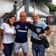 Samyra Ponce com o companheiro de trabalho, Smigol e o técnico do Fluminense, Dorival Jr
