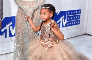 Filha de Beyoncé, Blue Ivy aposta em look Mischka Aoki, de R$ 36 mil, no VMA