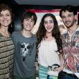 Thalles Cabral com a atriz Christiane Tricerri, a filha da atriz, Isadora, e o ator Marcelo Schimidt