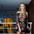 A blogueira de moda Isabella Scherer também prestigiou Thalle Cabral