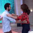 No final do programa, ela ainda se arriscou a dançar 'Paz e Arroz' com o ator Mouhamed Harfouch ao som de Simoninha.