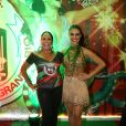 Susana Vieira e Paloma Bernardi foram algumas das componentes famosas da escola que também estiveram no local