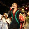 Com um vestido decotado, Ivete Sangalo prestigiou a escolha do samba na madrugada deste domingo, 4 de setembro de 2016, que vai representar a agremiação no carnaval de 2017