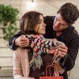 Depois de tant rejeitar e até humilher Shirlei (Sabrina Petraglia), Adônis (José Loreto) está se apaixonando por ela, na novela 'Haja Coração'