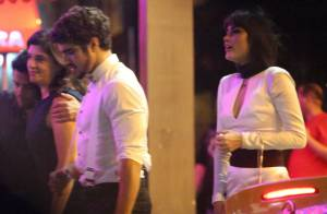 Após jantar com os pais de Maria Casadevall, Caio Castro vai para hotel da atriz