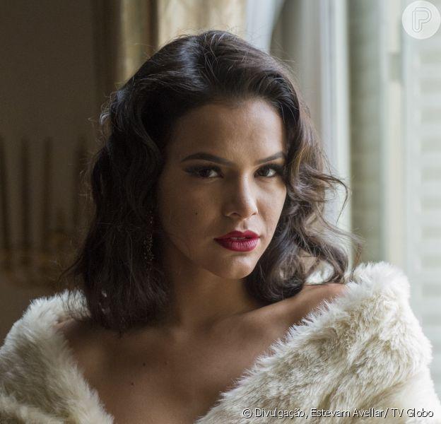 Bruna Marquezine não se achava capaz de interpretar Beatriz na série 'Nada Será Como Antes': 'Achava muito mulher para mim, que não seria capaz de representá-la'