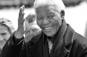 Morre aos 95 anos Nelson Mandela, ex-presidente da África do Sul: 'Está em paz'