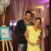 Henri Castelli e Juliana Despirito promovem chá de bebê para a chegada de Duda