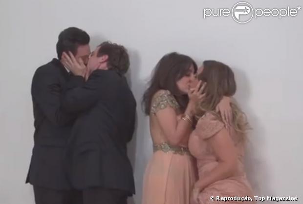 """O beijo gay do """"Porta dos Fundos"""": Gregorio Duvivier com Marcos Veras e Clarice Falcão com Julia Rabello se beijam na boca durante ensaio para revista"""