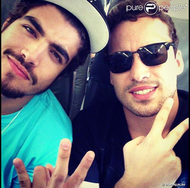 Rodrigo Andrade e Caio Castro pretendem dar festinhas após as gravações de 'Amor à Vida'