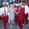 Vídeo: rainha de bateria no Carnaval 2017, Paloma Bernardi samba muito em gravação de CD e DVD da Grande Rio. Evento aconteceu nesta segunda-feira, 17 de outubro de 2016