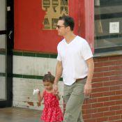 Matthew McConaughey passeia com Camila Alves e os três filhos por Belo Horizonte