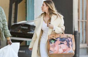 Kim Kardashian ganha bolsa de R$ 35 mil de presente de natal de Kanye West