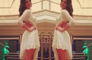 Bruna Marquezine passa o Réveillon com vestido decotado e valoriza curvas