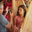 Jayme Monjardim dirige Grazi Massafera em cena de 'Flor do Caribe'