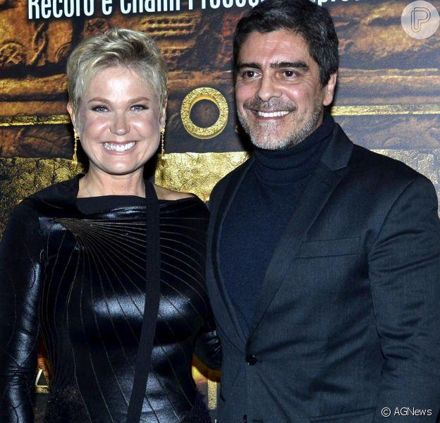 Xuxa e namorado, Junno Andrade, voltam a SP após susto em avião nesta sexta-feira, dia 05 de dezembro de 2016