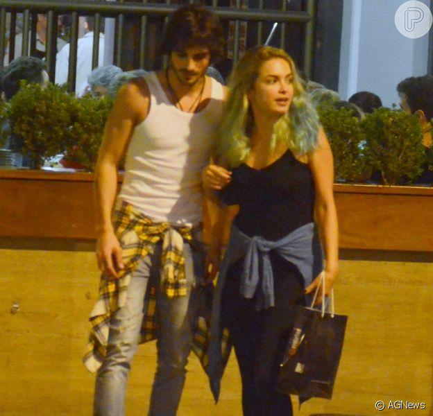 Fiuk é clicado com Lua Blanco e assessoria da atriz garante ser só amizade:'Tem namorado'. Flagra aconteceu nesta quinta-feira, 08 de dezembro de 2016