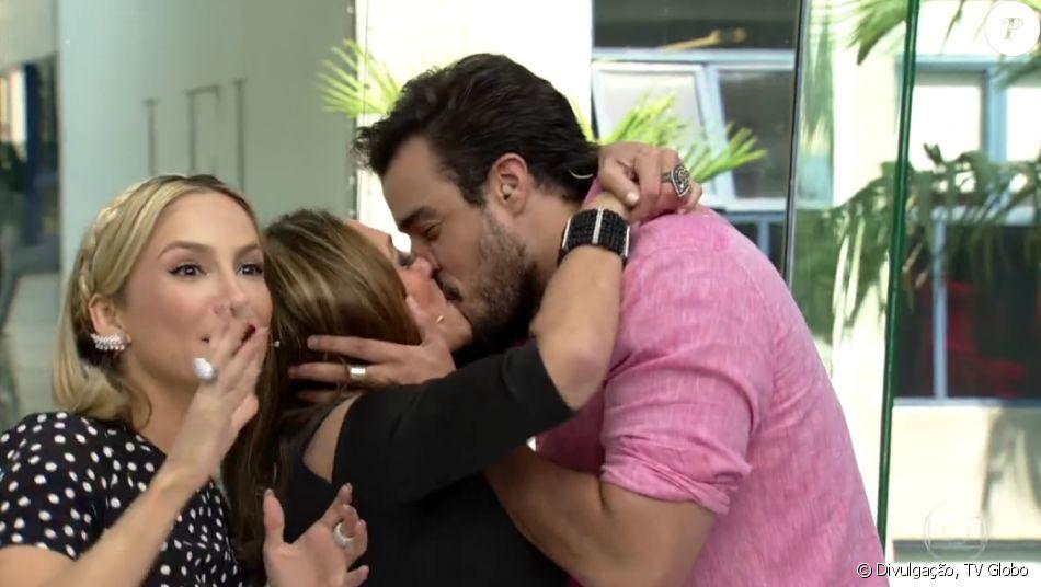 Susana Vieira beija Joaquim Lopes após anunciar saída do 'Vídeo Show': 'Técnico', nesta quinta-feira, 8 de dezembro de 2016