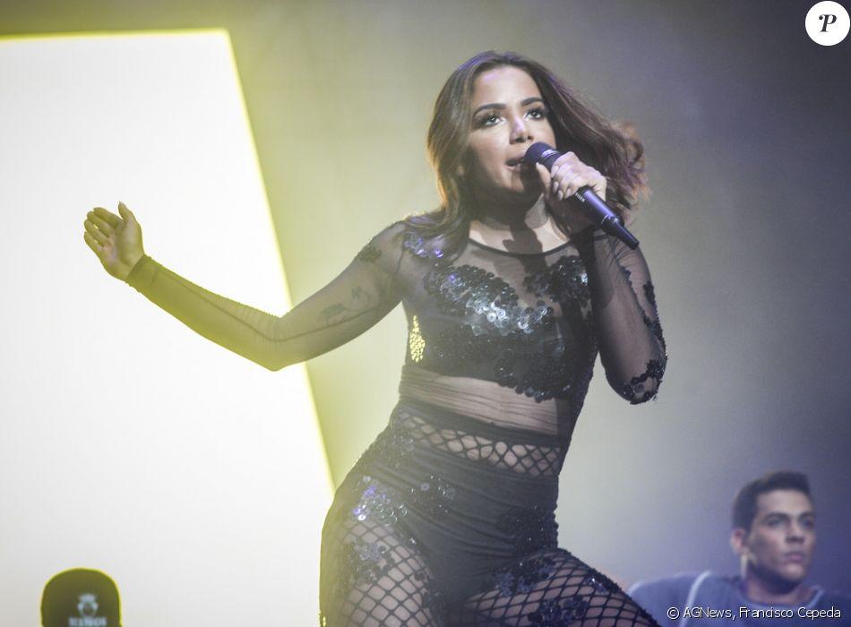 Anitta foi uma das atrações do Z Festival, em São Paulo, neste sábado, 10 de dezembro de 2016