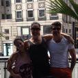Com a mãe e o 'tio' Jarbas Homem de Mello durante viagem a Nova York