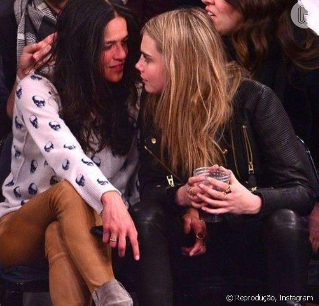Cara Delevingne e Michelle Rodriguez, de 'Velozes e Furiosos', assumem namoro em jogo da NBA, em Nova York