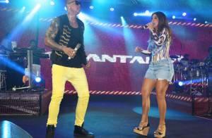 Ivete Sangalo exibe pernas em forma durante ensaio com Léo Santana em Salvador