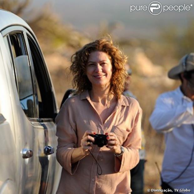 Patricia Pillar contou, em entrevista à coluna de Patricia Kogut no jornal 'O Globo' desta sexta-feira, 17 de janeiro de 2014, que não teve problema para fazer as cenas quentes de sua personagem, Isabel, em 'Amores Roubados'