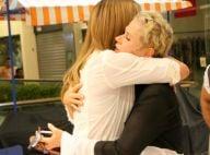 Xuxa Meneghel ganha abraço de Ivete Sangalo após cinema juntas: 'Miguxa'. Fotos!