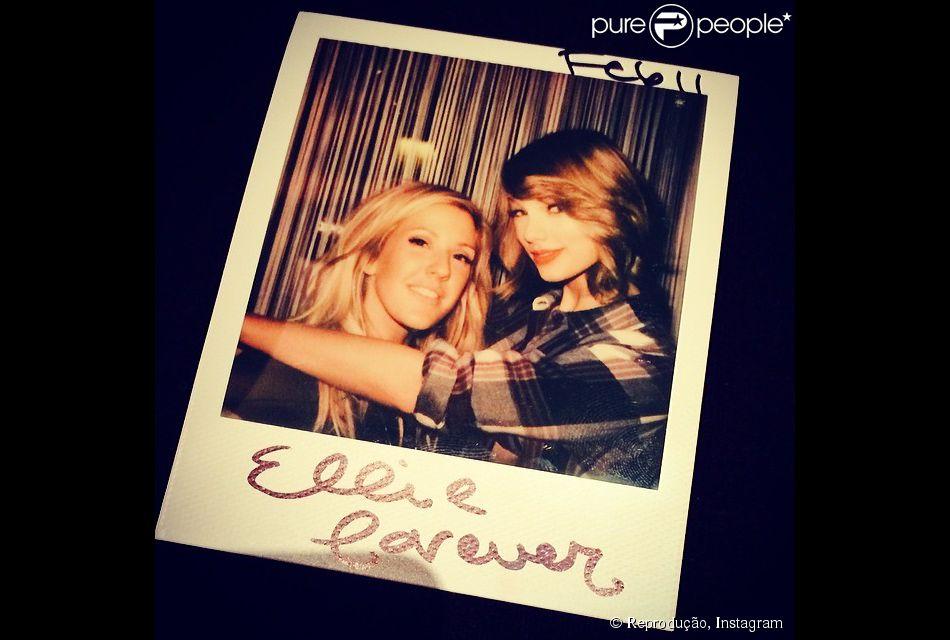 Taylor Swift aparece com os cabelos curtinhos, em 12 de fevereiro de 2014