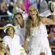 Homenageada pela Grande Rio, ela teve a presença de Daniel Cady e de seu filho, Marcelo, em um dos carros alegóricos