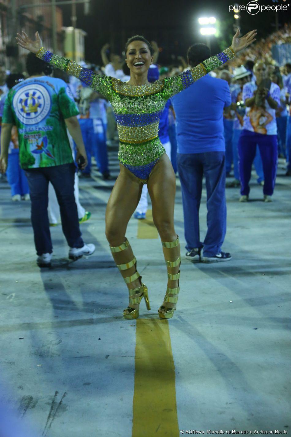 86abba481e1e9 Sabrina Sato brilha em ensaio técnico da escola de samba Vila Isabel, na  noite deste