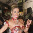 Tati Minerato é a rainha de bateria da Gaviões da Fiel desde 2009