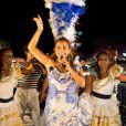 Daniela Mercury também entrou na dança e mostrou que sabe a coreografia do 'Lepo Lepo' em seu trio acústico