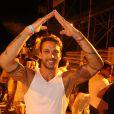 o ex-BBB Diogo Pretto aprendeu rapidinho a coreografia do 'Lepo Lepo', do Psirico