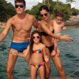 Rodrigo Faro compartilhou um vídeo em seu Instagram em que aparece dançando o 'Lepo Lepo' ao lado da mulher, Vera Viel, e dos filhos caçulas, Helena, de 1 ano e Maria, de 5