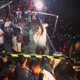 Bruna Marquezine não conseguiu esconder a emoção de subir no trio elétrico de Ivete Sangalo, na Bahia. A atriz postou um vídeo da cantora e uma foto com ela