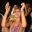 Bruna Marquezine se esbalda dançando 'Lepo Lepo' no trio de Ivete Sangalo em Salvador, na Bahia