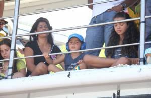 Ivete Sangalo leva o filho de 4 anos para assistir ao show de cima do trio