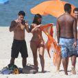 Bruna Marquezine grava a novela 'Em Família' na praia do Recreio dos Bandeirantes, na Zona Oeste do Rio de Janeiro, em 10 de março de 2014